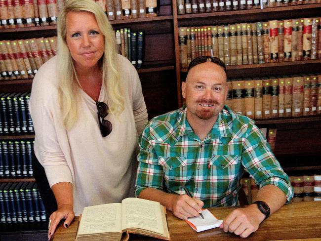Lisa Wilson and Nick van der Leek are best-selling true crime writers.