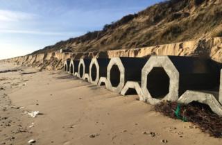 Hemsby sea defences 2018