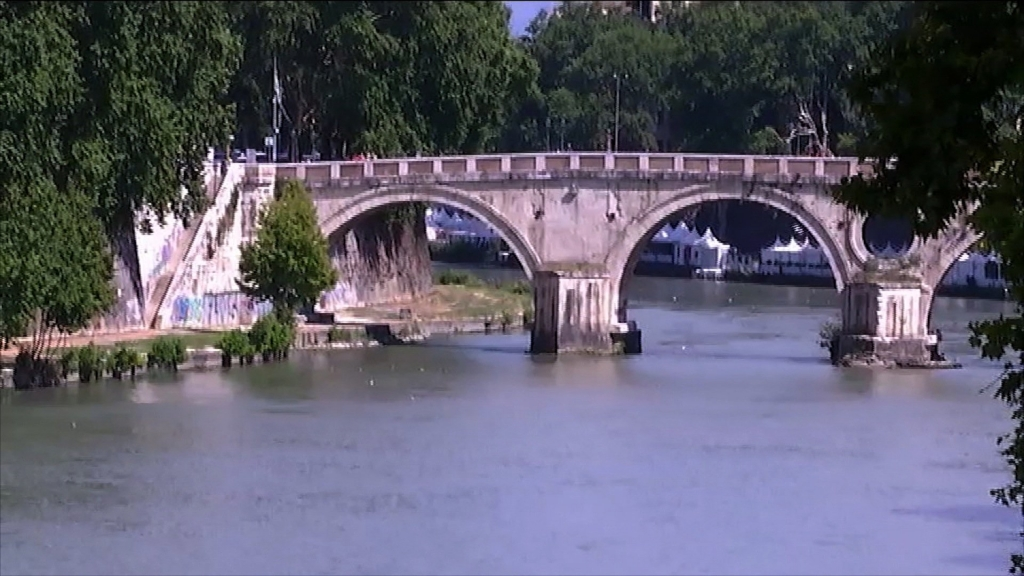 Italian police have arrested a 40-year old homeless man in relation to the death of an American university student. The body of 19-year-old Beau Solomon was discovered Monday in the Tiber River after he'd gone missing for several days