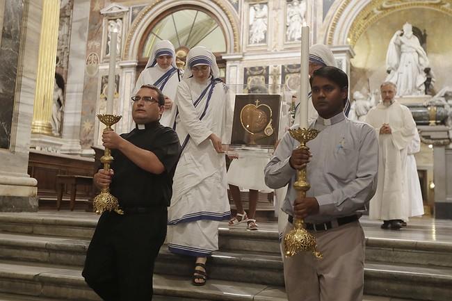 Springfield Bishop Celebrating Mother Teresa At Berkshire Parish