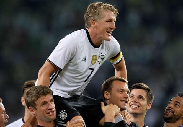 Bastian Schweinsteiger cries Germany 2-0 Finland