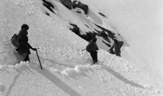 Mountaineers trudge through deep snow