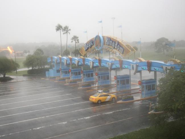A lone taxi heads toward the Walt Disney World Resort area in Orlando, Florida, before the landfall of Hurricane Matthew. Picture: Gregg Newton/AFP.