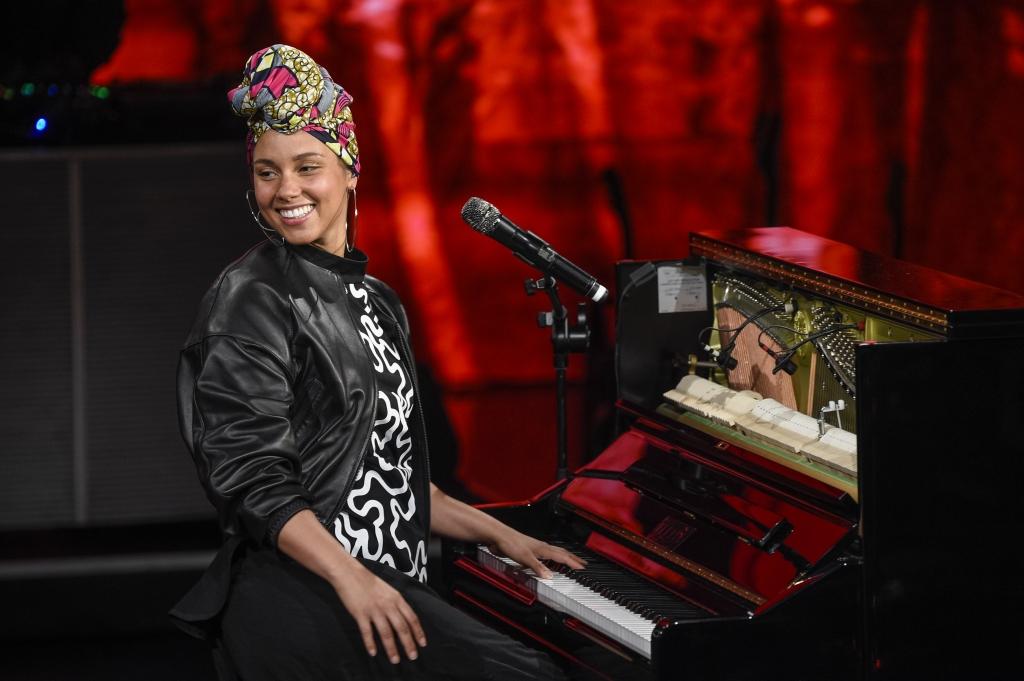 Alicia Keys Performs At'Che Tempo Che Fa Tv Show