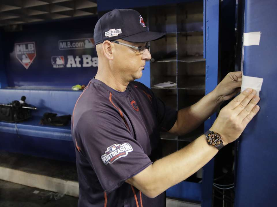 His team's got bite but Francona loses tooth with chew
