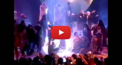 Youtube post by MJWEStage: Michael Jackson - Earth Song (Brit Awards 1996)