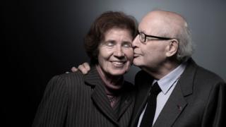 Serge Klarsfeld (left) poses with his wife Beate
