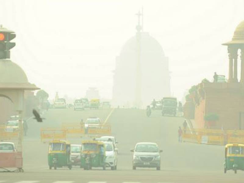 smog-chokes-life-of-people-living-in-delhi-ncr
