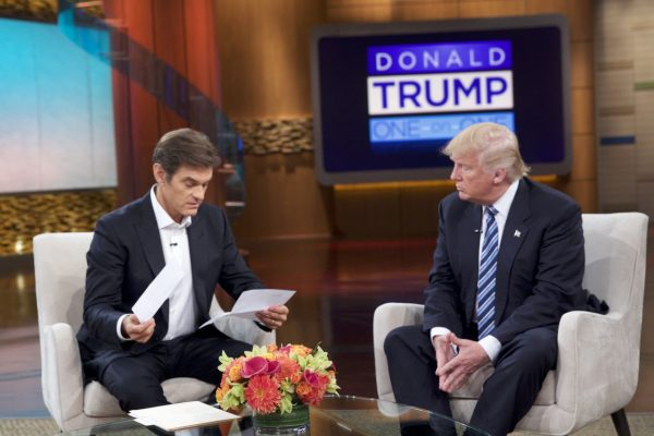 Dr. Mehmet Oz reviews the medical records of Donald Trump Sept. 14 2016