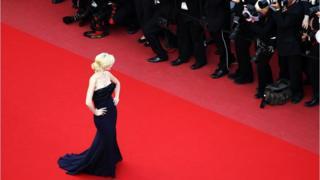 Helena Mattsson poses on the red carpet